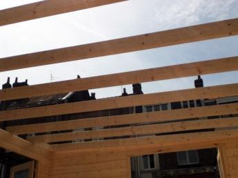 Ossature d'un abri de jardin à Lille