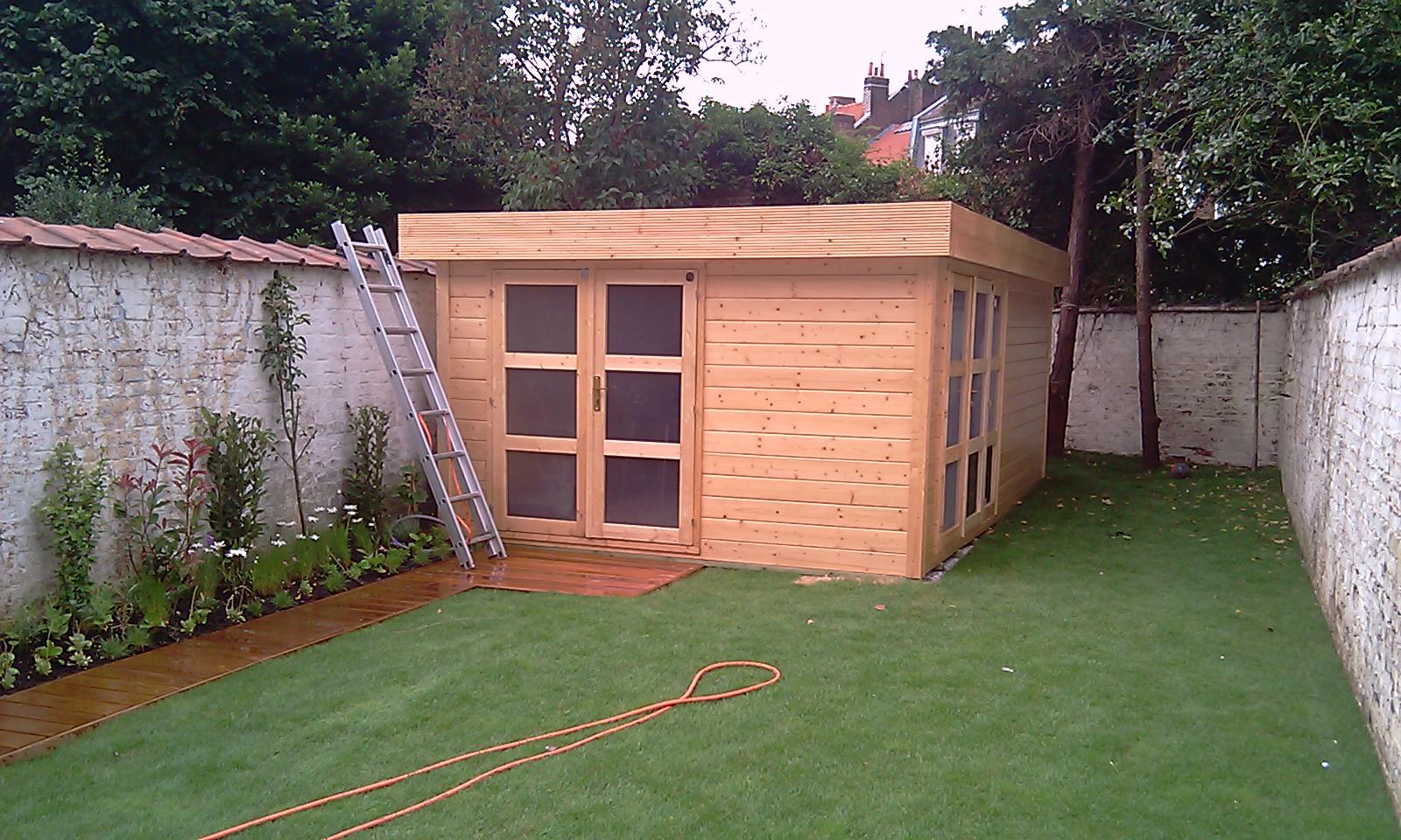 amnager une cabane de jardin abris de jardin piscine avec pergolas roubaix arbri de jardin. Black Bedroom Furniture Sets. Home Design Ideas